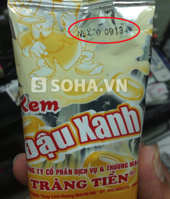 Phía trên bao bì ghi NSX 20/09/2013 trong khi ngày mua là 13/9/2013.