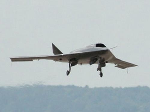 Máy bay không người lái do thám RQ-170 Sentinel.