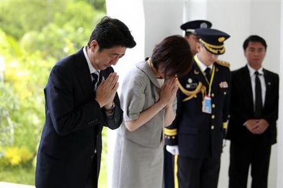 Cựu thủ tướng Nhật không dám rời đi... sợ ma?