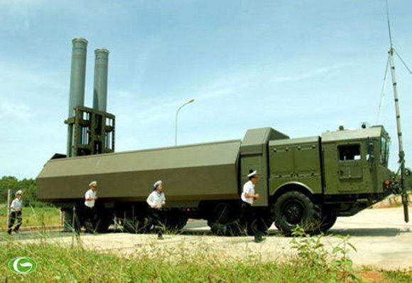 """Vì sao Việt Nam bỏ qua """"cơ hội vàng"""" mua tên lửa Trung Quốc thèm muốn?"""