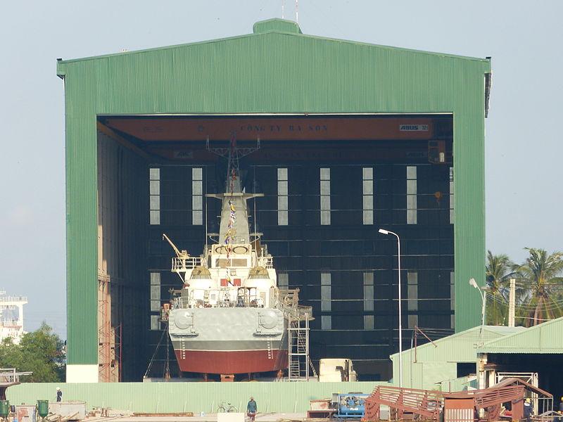 Tàu M1, M2 ở nhà máy đóng tàu Ba Son
