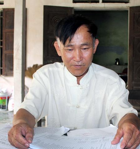 Ông Hồ Đức Dinh rất lo lắng cho tính mạng của gia đình và bản thân sau khi nhận được nhiều lời đe dọa