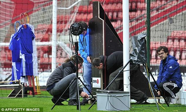 FA dự định sẽ sử dụng công nghệ Goal-line vào mùa sau