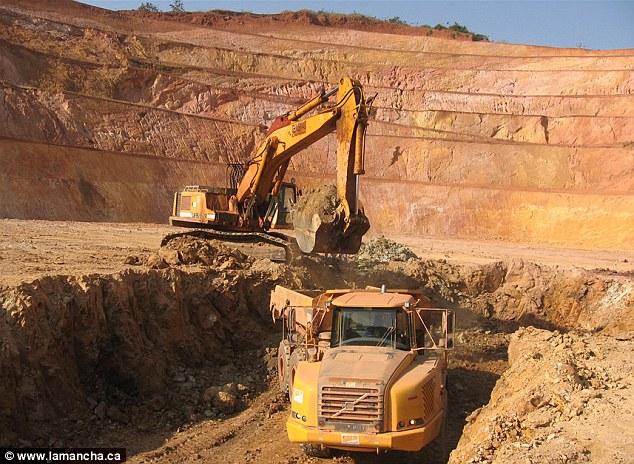 Drogba dốc tiền đầu tư vào mỏ đào vàng