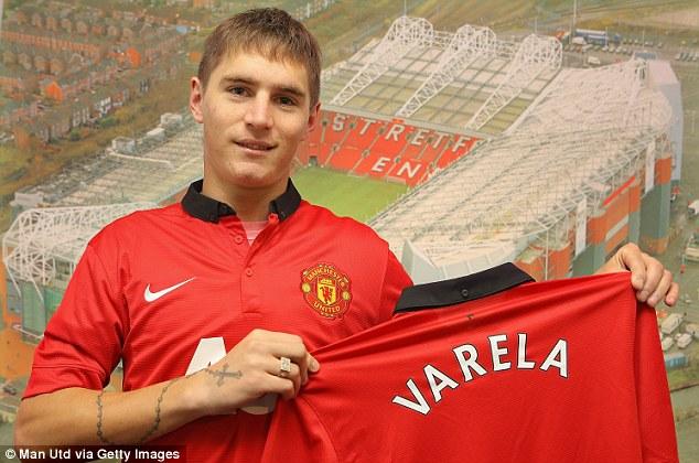 Guillermo Varela đã chính thức là người của Man United