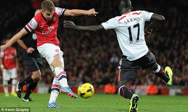 Aaron Ramsey (Arsenal) thi đấu 12 trận và ghi được 6 bàn. Anh có được 1115 lần chạm bóng trên sân và thực hiện 87 pha tắc bóng.