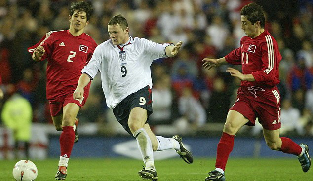 10 năm Rooney cống hiến cho Tam Sư: Nốt trầm nhiều hơn nốt thăng