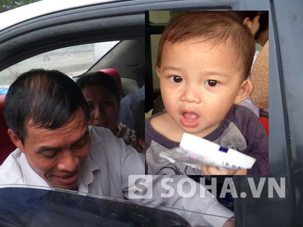 Ông Nguyễn Kim Đáng đã tìm mọi cách để xin lại đứa bé cáu kỉnh