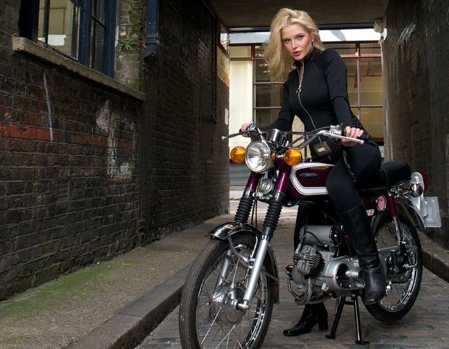 Helen Flanagan lọt vào danh sách ứng viên sáng giá cho vai nữ chính trong điệp viên 007