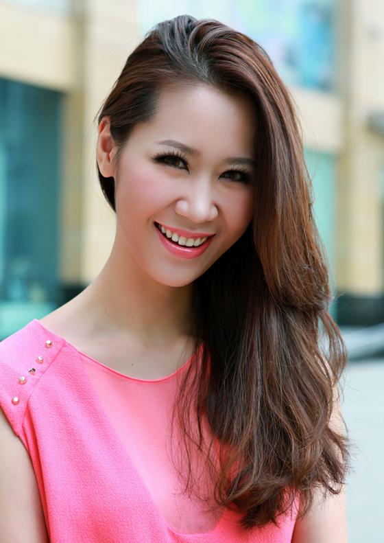 Hoa hậu Dương Thuỳ Linh