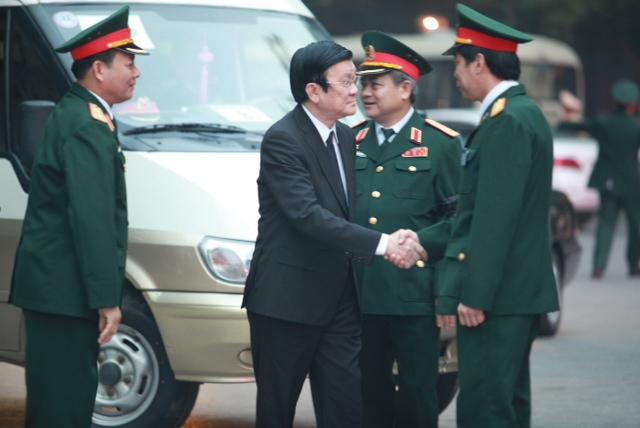 Đồng chí Trương Tấn Sang, Ủy viên Bộ Chính trị, Chủ tịch nước Cộng hòa xã hội chủ nghĩa Việt Nam tới từ rất sớm.