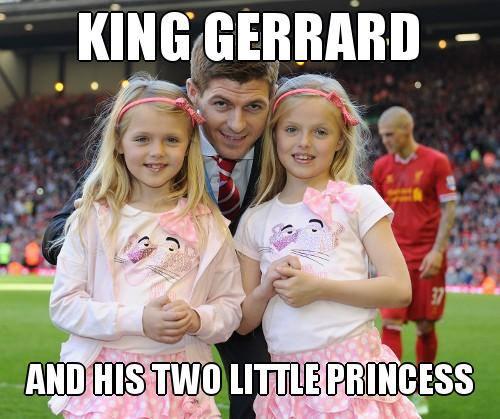 """""""Vua"""" Gerrard và hai nàng công chúa xinh đẹp"""