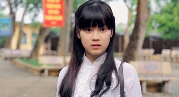 Chibi Hoàng Yến trong clip