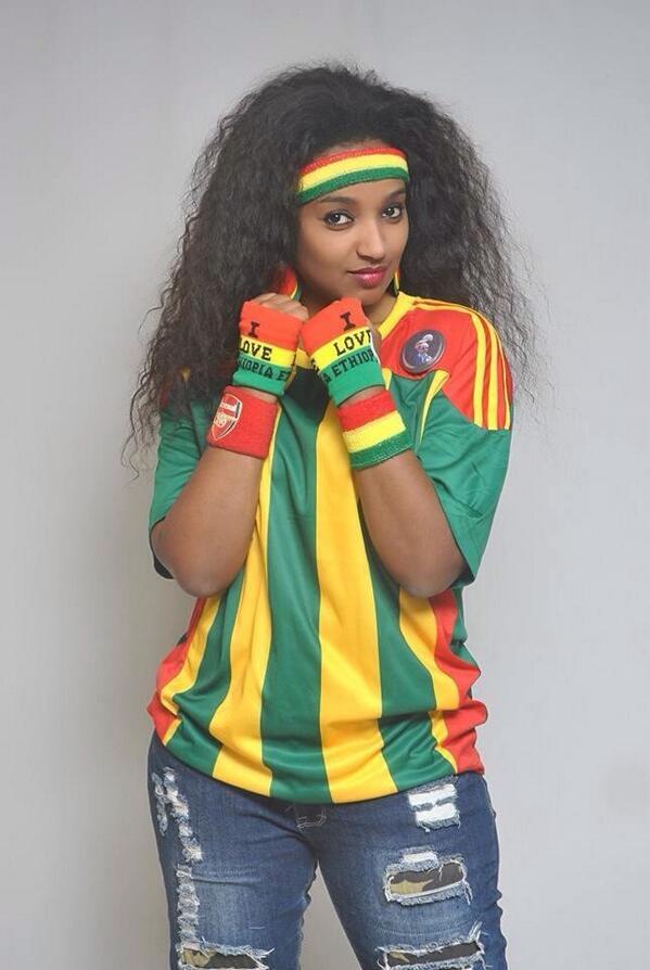 Nữ CĐV xinh đẹp của Etiopia