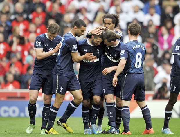 Tottenham đã giành được chiến thắng quan trọng trên sân của Stoke
