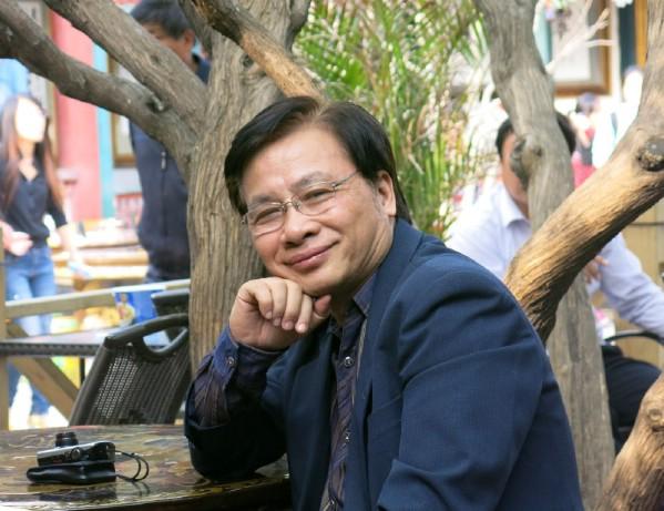 GS. Trần Ngọc Thêm (Giám đốc Trung tâm Văn hóa học lý luận và ứng dụng (ĐH Quốc gia TP. HCM) cho rằng tỷ lệ nói dối tăng theo lứa tuổi là vấn đề không nhỏ.