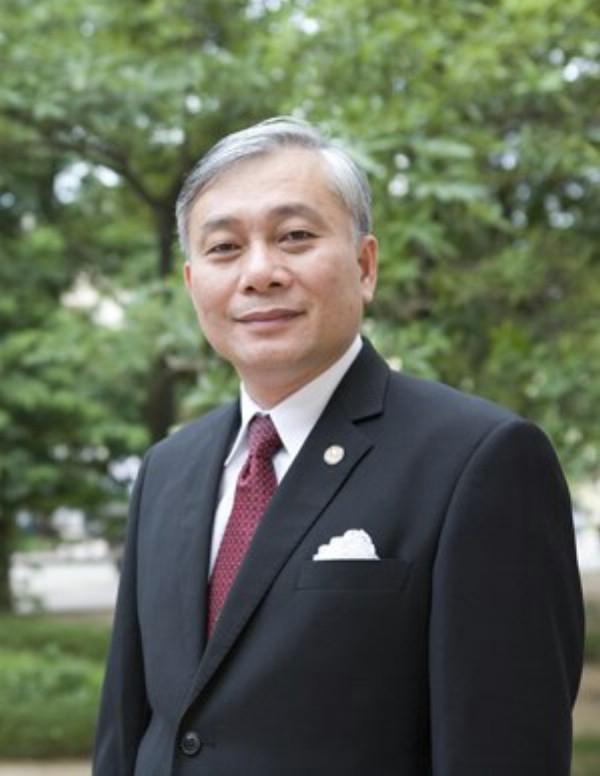Hiệu trưởng ĐH Y Hà Nội, PGS.TS Nguyễn Đức Hinh đưa ra bài toán giải 'nhiệt' tuyển sinh năm nay của trường.