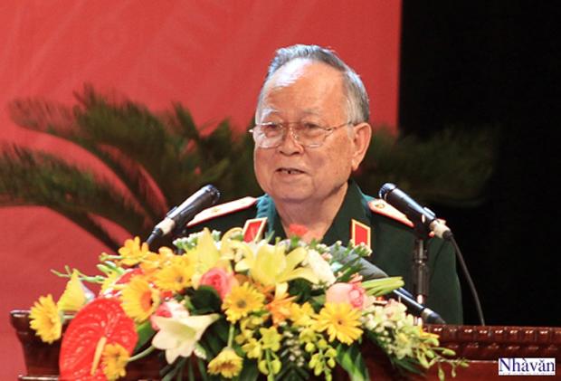 Thiếu tướng - Nhà văn Hồ Phương