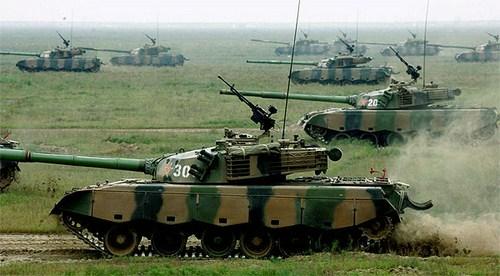 """Trung Quốc sở hữu 2.000 """"ông vua"""" chiến trường Type 96/99"""