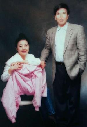 Nữ tỷ phú và người tình Tony Chan