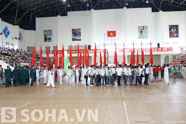 Nhiều đơn vị đoàn thể đã tới tham dự sự kiện này.