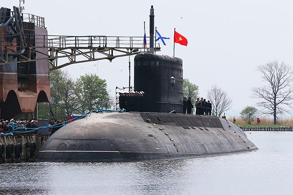 Lễ kéo cờ trên tàu ngầm Kilo Hà Nội sẽ diễn ra vào cuối năm nay.
