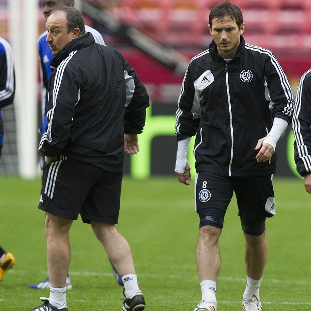 Mối quan hệ giữa Lampard và HLV Benitez không mấy tốt đẹp