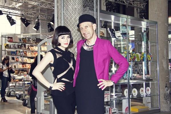 Lý Nhã Kỳ tiếp tục nổ tại Paris Fashion Week?