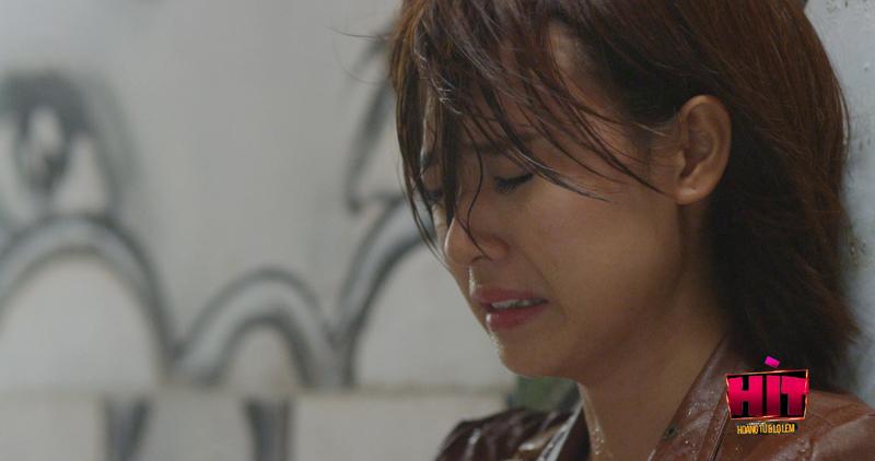 Midu khóc ngất vì nỗi đau tình