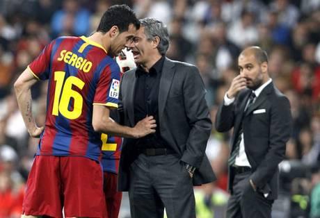 Barca đã phải nhận một vố đau khi tuyên chiến với Mourinho không đúng lúc