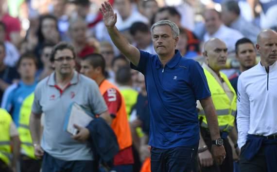 Mourinho vẫn luôn đặc biệt theo cách riêng của mình