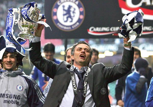 Mourinho đã đồng ý ký vào bản hợp đồng với Chelsea