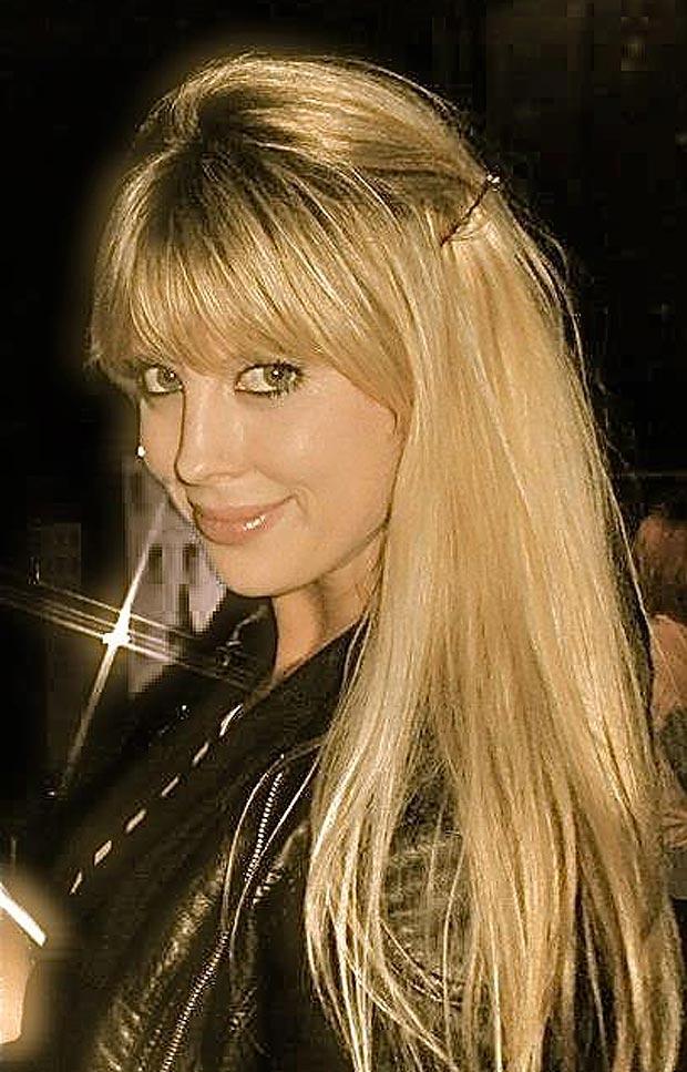 Nghi vấn Oscar bắn chết Reeva vì mê mẩn người đẹp tóc vàng