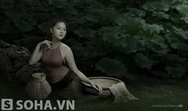Lộ thêm bộ ảnh áo yếm gợi cảm của Thái Nhã Vân
