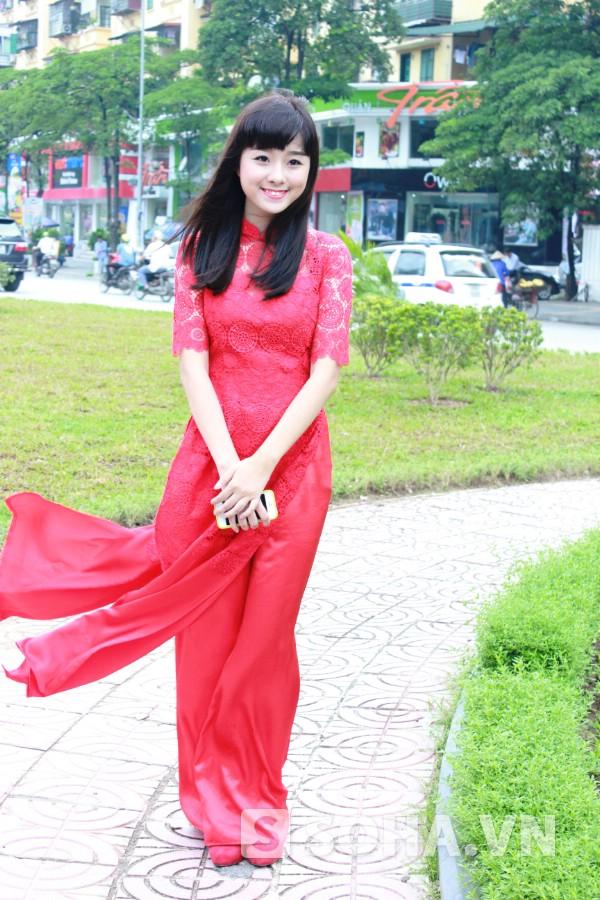 Thanh Hiền thích ca hát từ nhỏ, ngay từ khi 4 tuổi, cô đã được mẹ cho đi học hát, học múa ở câu lạc bộ. Với niềm đam mê ấy, năm nay Hiền quyết tâm dự thi vào khoa Thanh nhạc, hệ trung cấp chính quy ĐH Văn hóa nghệ thuật Quân đội.