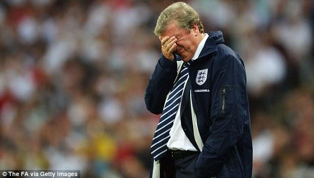 """HLV Roy Hodgson sẽ còn phải """"đau đầu"""" nhiều"""