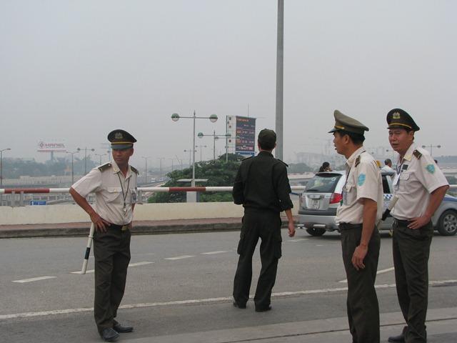 Cận cảnh sân bay trước giờ đón linh cữu Đại Tướng