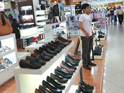 TP HCM: Thị trường giáp Tết vắng khách mua
