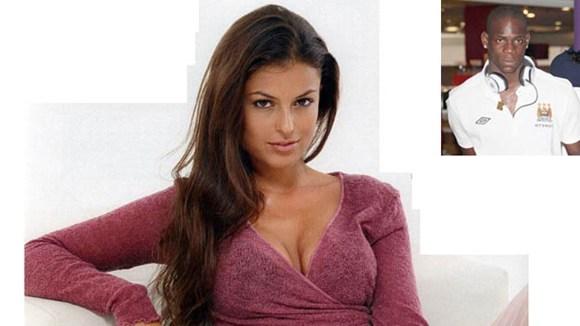 "Sara Tommasi ""dìm hàng"" Balotelli"