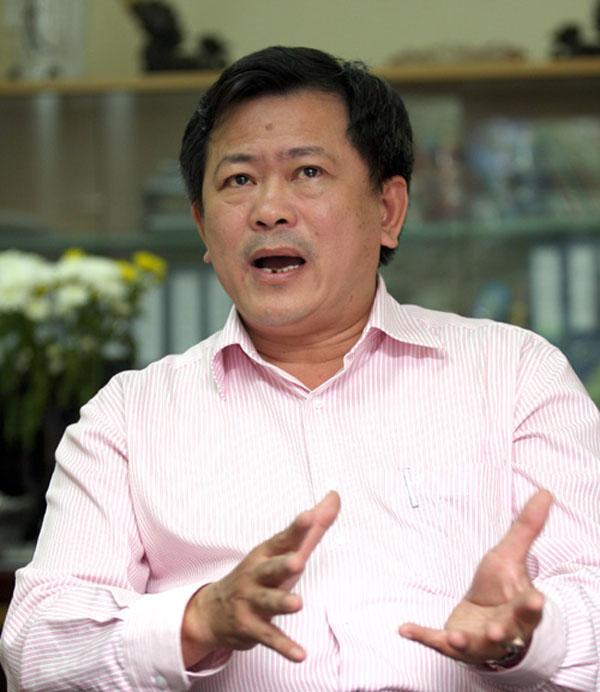 Tiến sĩ, Luật sư Trần Đình Triển, Trưởng văn phòng Luật sư Vì Dân (Đoàn Luật sư Hà Nội).