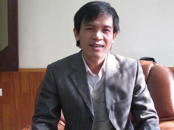 Nhà báo Trần Duy Hưng.