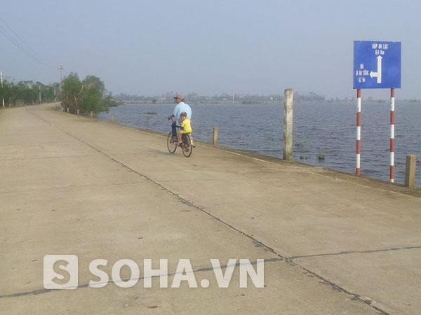Con đường từ thị trấn Kiến Giang về thôn An Xá vẫn được người dân gọi cái tên mộc mạc là