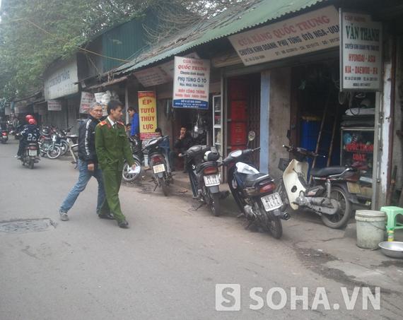 Khu vực cửa hàng chị Ngọc bị