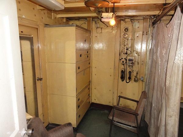 Một góc cabin riêng dành cho thủy thủ trên tàu.