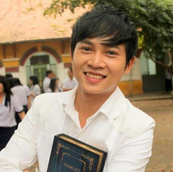 Thạc sỹ tâm lý Nguyễn Hoàng Khắc Hiếu bày tỏ quan điểm và đưa ra lời khuyên cho cậu học trò thủ khoa Nguyễn Hữu Tiến.