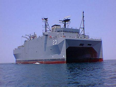 Tàu USNS Impeccable từng nhiều lần bị tàu chiến Trung Quốc quấy rối