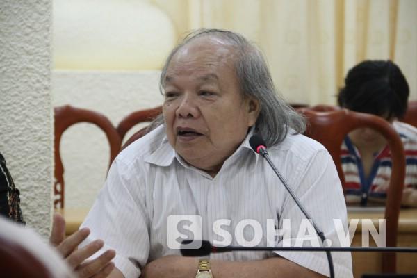 GS Trần Hữu Nghị - Hiệu trưởng Trường ĐH DL Hải Phòng cho rằng điểm sàn hiện nay chưa xác định đúng.