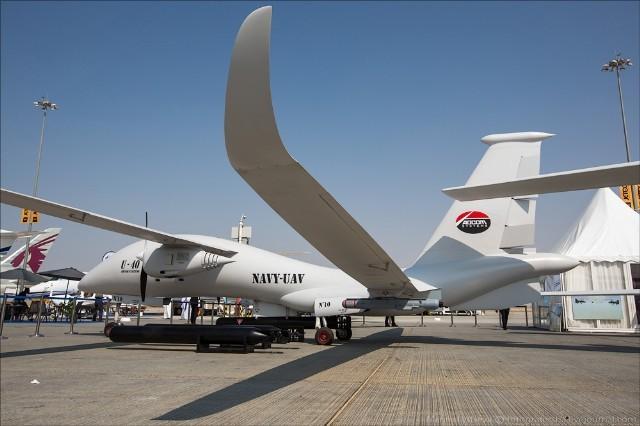 Không thể tự phát triển được các mẫu UAV đáp ứng yêu cầu quân sự, Nga phải mua máy bay không người lái của UAE