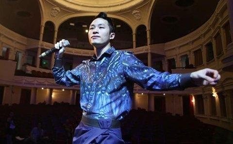 Tùng Dương, người khuynh đảo nhạc đương đại Việt
