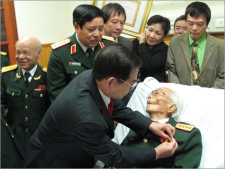 Đại tướng Võ Nguyên Giáp những ngày tại bệnh viện 108
